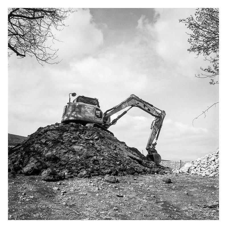FILM - Excavator