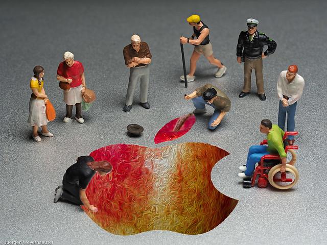LCoF - #Apple - Tiny people - Straßenkünstler am Werk