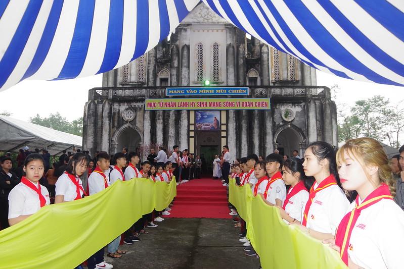 Thanh le Nham chuc (6)