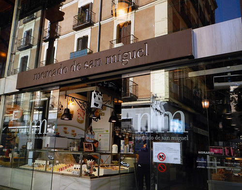 San Miguel Market is Madrid's gastronomic delight, with foods that comprise the essence of Spanish cuisine