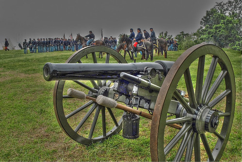 Union Troops Gather Behind Cannon