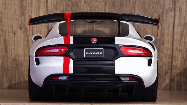 Dodge SRT Viper ACR Backside