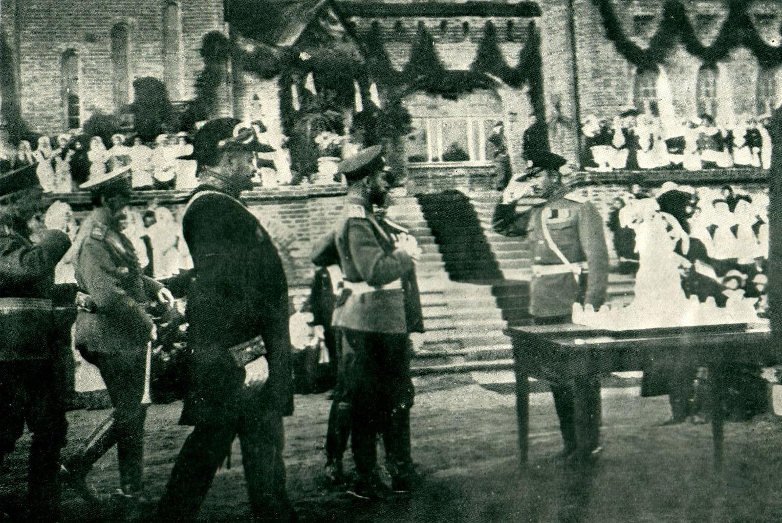 1912. На открытие Государем Императором Николаем II Бульвара 1812 года в Смоленске. 31 августа