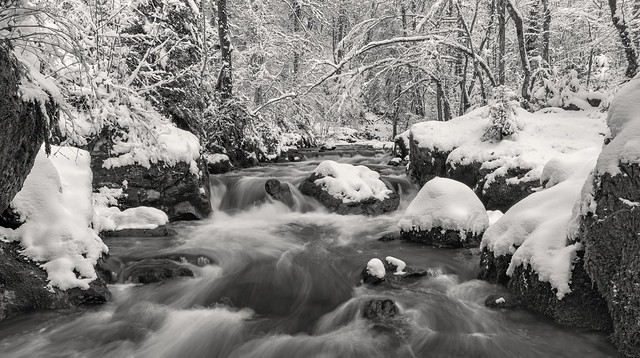 *Winteridylle am Wasserfall der Kleinen Kyll*