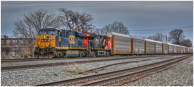 CSX 735 leading westbound with CN 3139 helping get through Erie PA