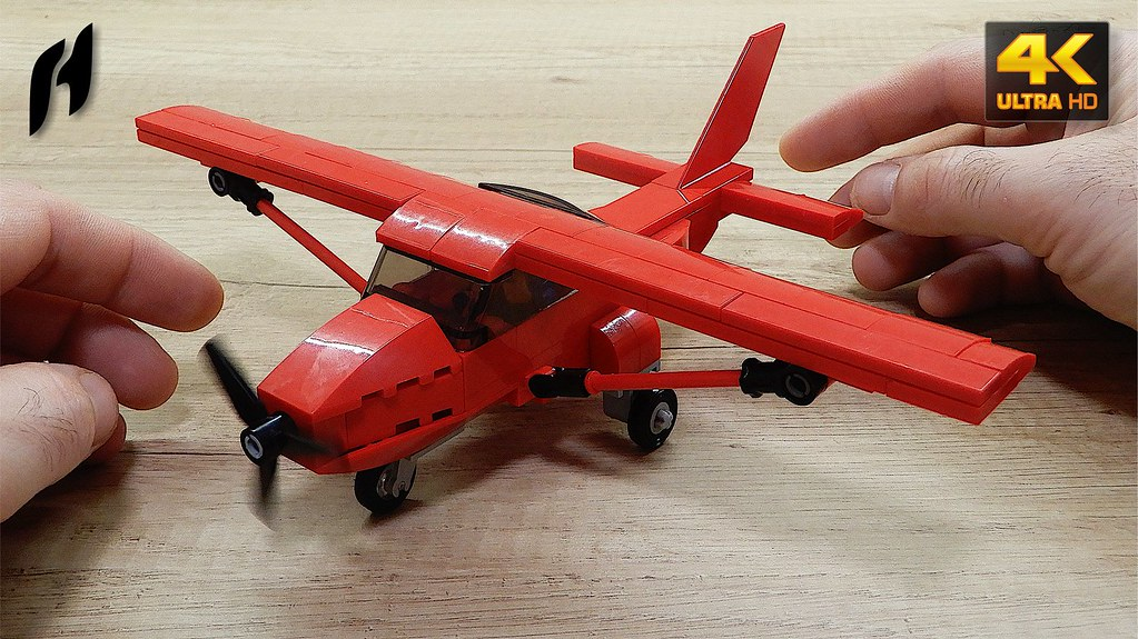 How to Build a Lego Cessna 172 (MOC - 4K)   youtu be/dSN-_F9