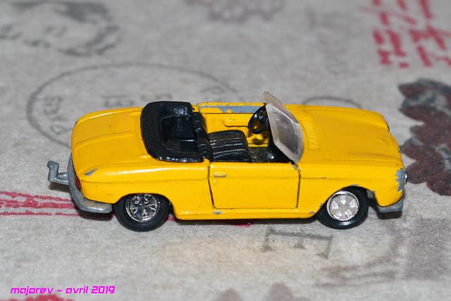 N°230 Peugeot 204 cabriolet - Page 2 46685326615_9714cdcfe5_z