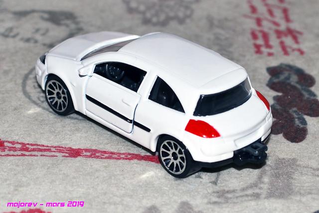 N°221C Renault Mégane II 46771286254_4a829f0a15_z