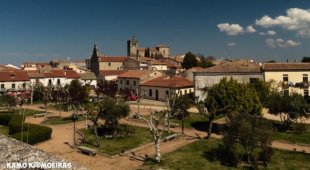 ledesma, plaza de la fortaleza, jardines