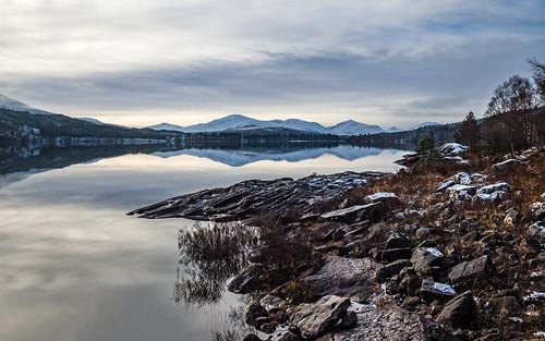 loch highland scotland winter laggan mountains reflections 2019 ice snow roybridge unitedkingdom gb