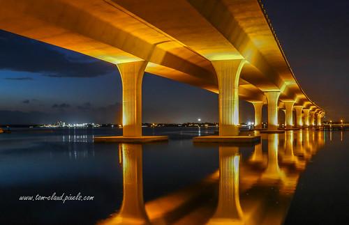 bridge roosevelt rooseveltbridge water river night lights saintlucieriver civilengineering architecture downtownb stuart florida landscape seascape waterfront usa