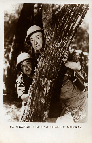 George Sidney and Charlie Murray in The Cohens and the Kellys in Africa (1930)