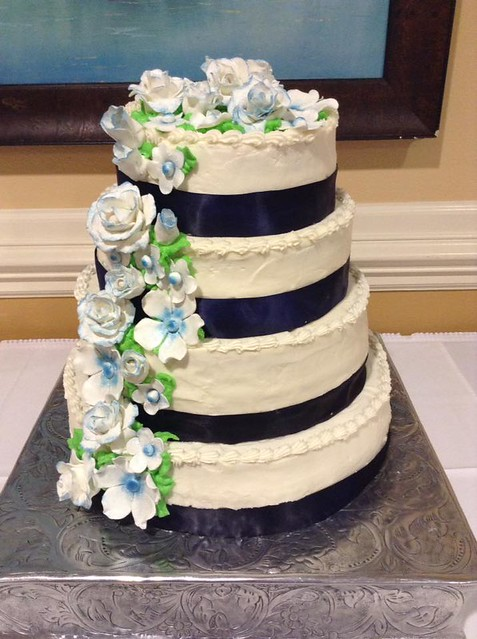 Cake by Sweetlips Cakes & Cookies