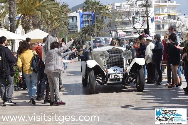 Ral.li cotxes d'època Barcelona Sitges 2019 - Pas per la Platja Sant Sebastià