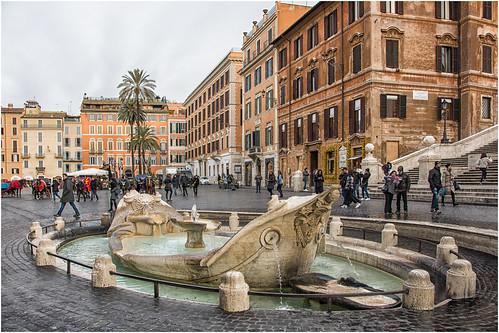 Roma, la Barcaccia  ...