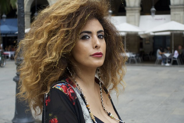 Dona d'Israel a la plaça Reial, Barcelona.