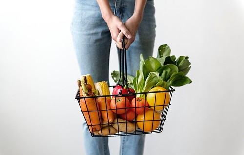 Alone basket carrots - Credit to https://homegets.com/ | by homegets.com