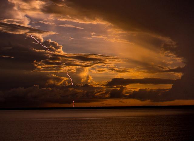Lightning @ Sunset