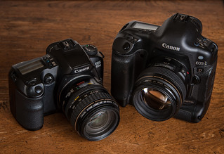 Canon EOS D30 (2000) / Canon EOS 1D (2001) | by maoby