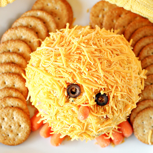 Easter-Chick-Cheese-Ball-Recipe-4