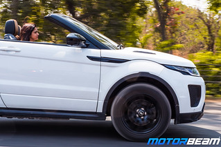 Range Rover Evoque Off-Roading-2 | by Motor Beam