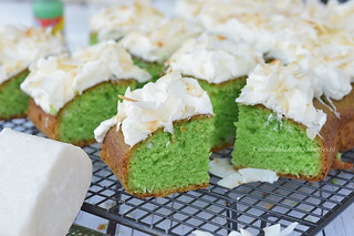Groene pandan plaatcake uit Indonesië | by Carola Bakt Zoethoudertjes.nl