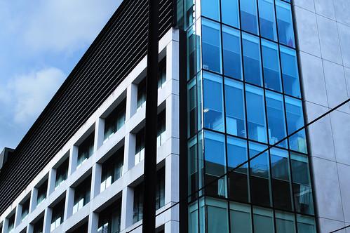 DSC_4938 lines - modern architecture Manchester