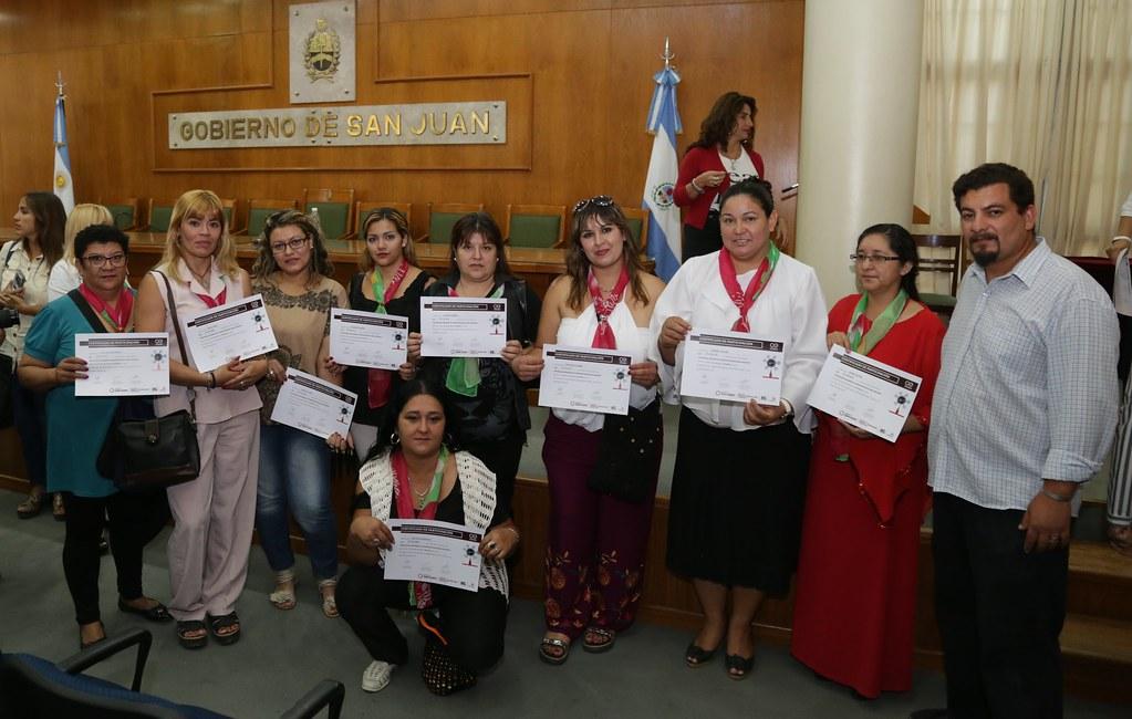 2019-02-14 PRENSA: Entrega de Certificados del Programa Desarrollo Emprendedor para Mujeres