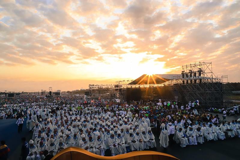 misa-de-envo--campo-san-juan-pablo-ii_46848555072_o