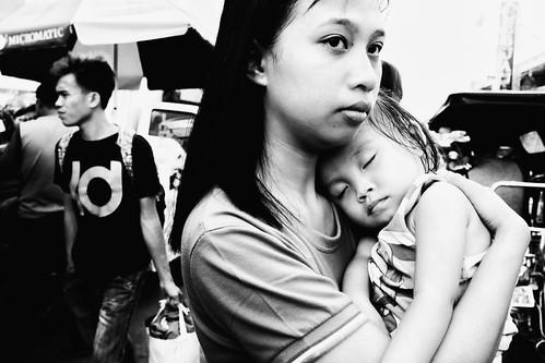 meljoesandiego fuji fujifilm x100f streetphotography closeup people candid monochrome philippines