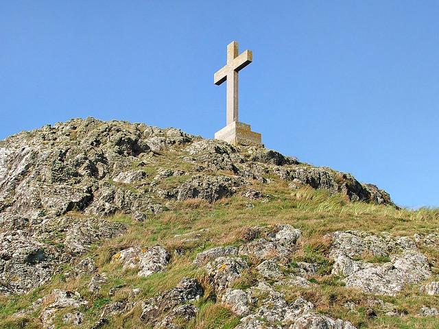 Christian cross, Ynys Llanddwyn - 30 Oct 2005