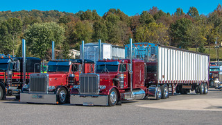 Pair o' Pete's | by NoVa Truck & Transport Photos