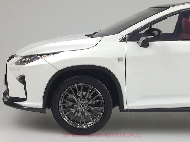 1 18 mo hinh tinh Paudi Dealer Lexus RX200T qua tang sang trong y nghia dan ong ha noi viet nam diecast 118 (9)