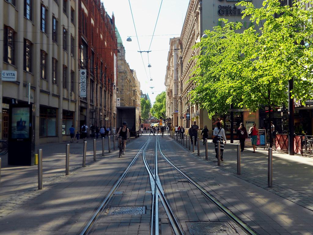Хельсинки. Улица Mikonkatu.