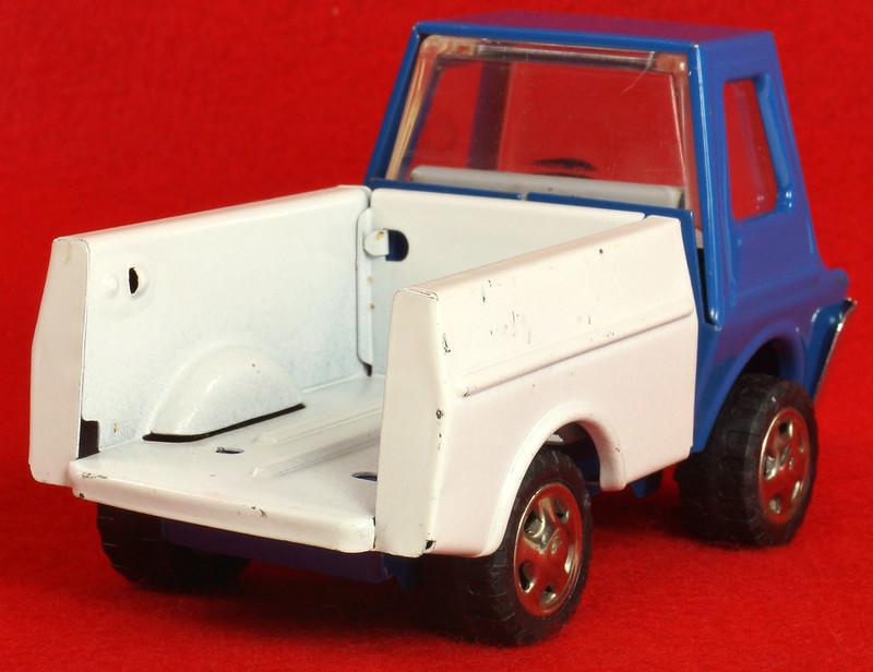 RD26760 Very Rare Fleet Truck CK Kuramochi & Co. , LTD. Japan Blue Cab White Bed DSC09030