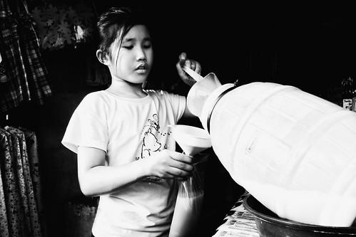 meljoesandiego fuji fujifilm x100f streetphotography palamig pandan candid monochrome philippines