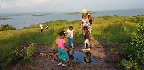 kisumu ndere island national park county lakevictoria kenya africa game lake victoria winam gulf east hike hiking grass rolling hills picnic