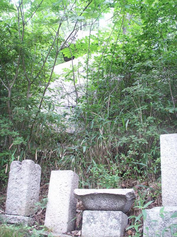 鐸比古神社と鐸比売神社の奥之院・高尾山