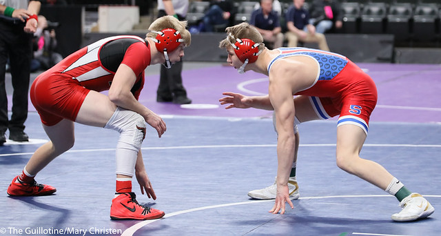 152AA 3rd Place Match - Gavin Nelson (Simley) 44-7 won by decision over Miles Fitzgerald (Fairmont-Martin County West) 28-15 (Dec 3-2). 190302BMC3797