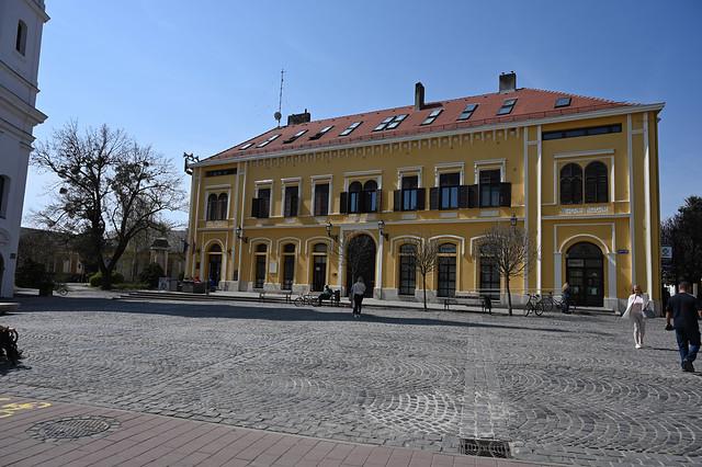 Zrínyi tér