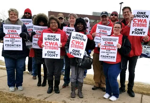 Frontier Strike Solidarity Action in Minneapolis, MN