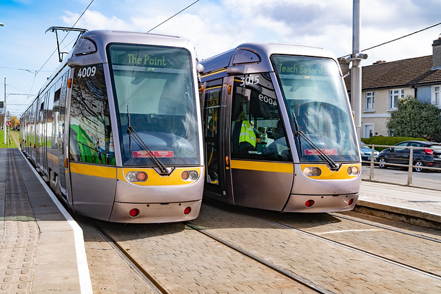 MY FIRST TIME TO USE THE RIALTO LUAS TRAM STOP [5 APRIL 2018]-138113