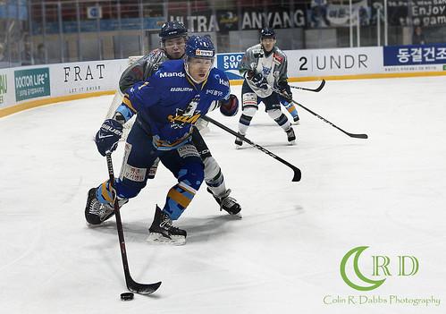 Halla vs Blades Play offs 3-13-18_0633