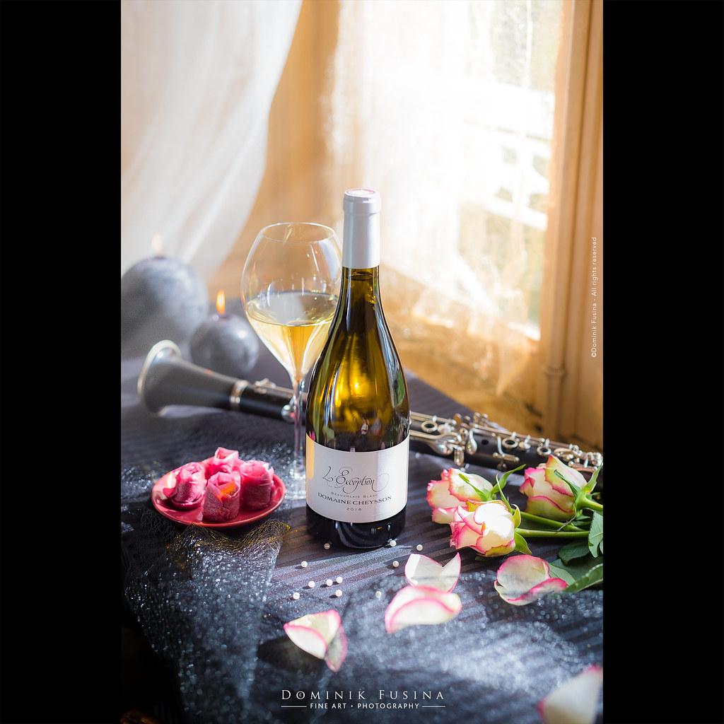 Wine is so beautiful, so Beaujolais ! :)