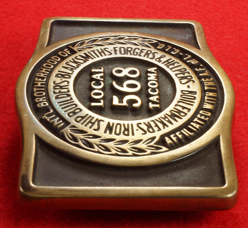 RD17136 1980 Boilermakers Iron Ship Builders Blacksmiths Forgers & Helpers Local 568 Tacoma Brass Belt Buckle Anacortes DSC09428