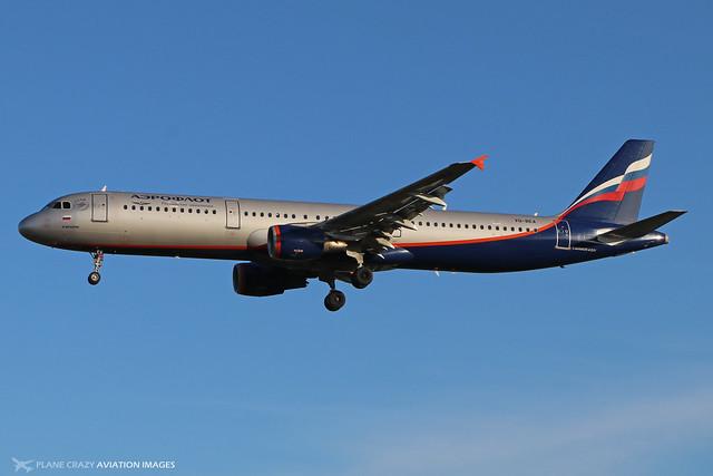 VQ-BEA  -  Airbus A321-211  -  Aeroflot  -  LHR/EGLL 11-2-19