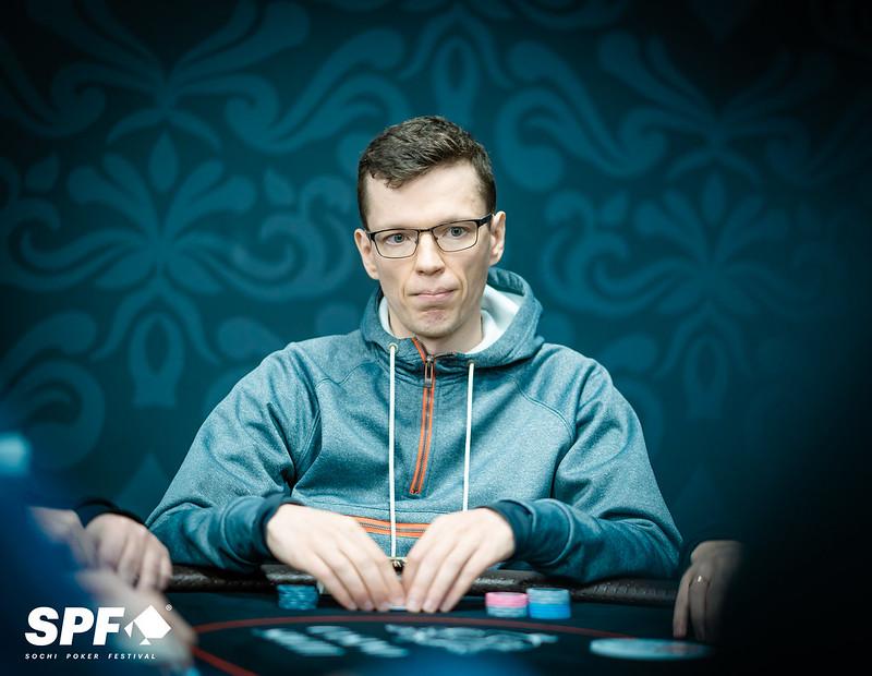 Играть в казино на гривны