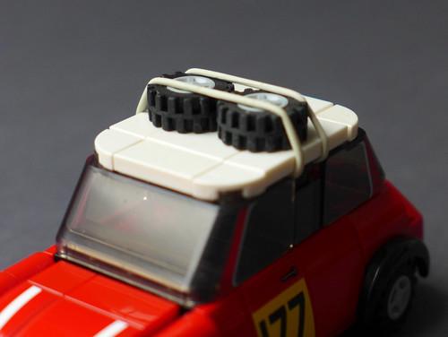Mini Cooper 1/35 (75894 MOD) - spare wheels