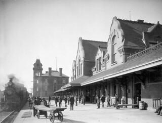 Intercolonial Railway station, Pictou, Nova Scotia / Gare du Chemin de fer Intercolonial, Pictou (Nouvelle-Écosse)