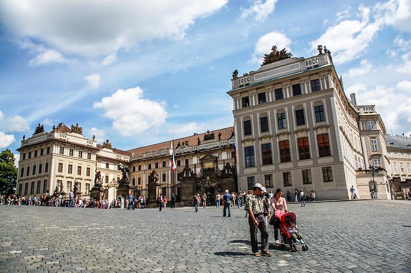 布拉格城堡西大門立面 2